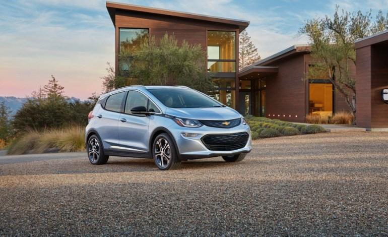 GM подтверждает возобновление производства аккумуляторов Chevy Bolt для электромобилей