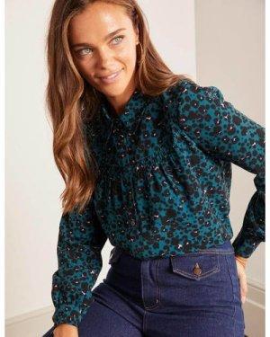 Penelope Smocked Shirt Green Women Boden, Leopard