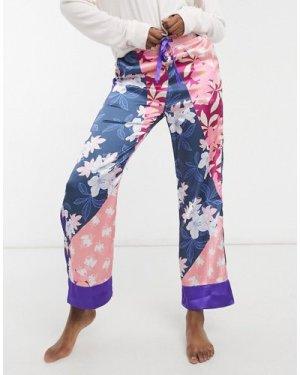Liquorish nightwear pyjama trousers in patchwork ditsy print-Multi