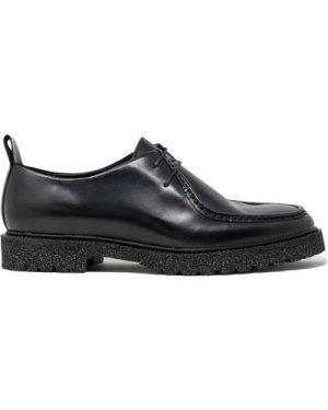 Hen Apron Shoe