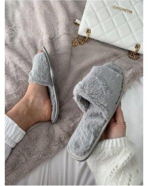 Grey Fluffy Slipper size: Footwear 8 UK, colour: Grey