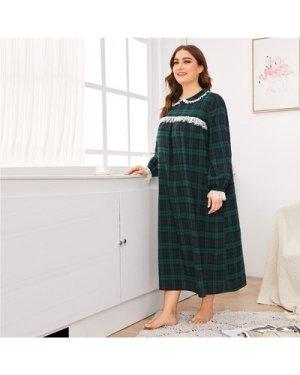 Plus Eyelash Lace Trim Peter Pan Collar Tartan Night Dress