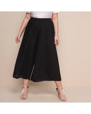 Plus Pleated Wide Leg Pants