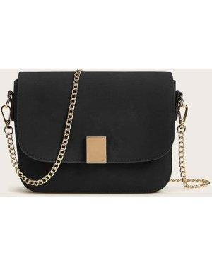 Metal Detail Flap Chain Bag