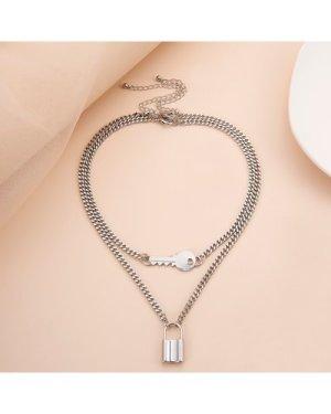 2pcs Key Decor Necklace