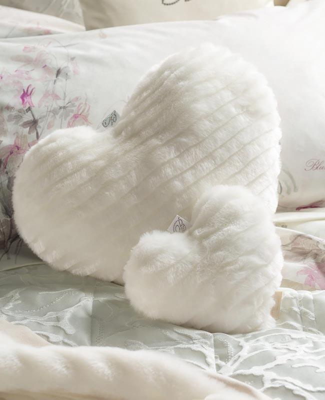 cushion maryland small heart shaped