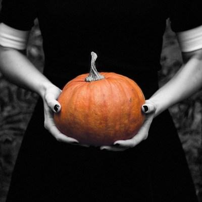 10 Folk Beliefs about Samhain / Halloween
