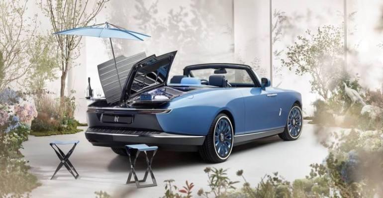 Set da pic nic per la nuova Rolls-Royce