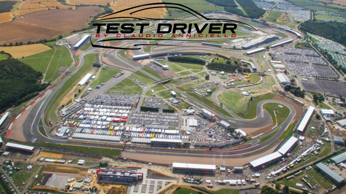 Circuito di Silverstone con Formula RSS 3 V6