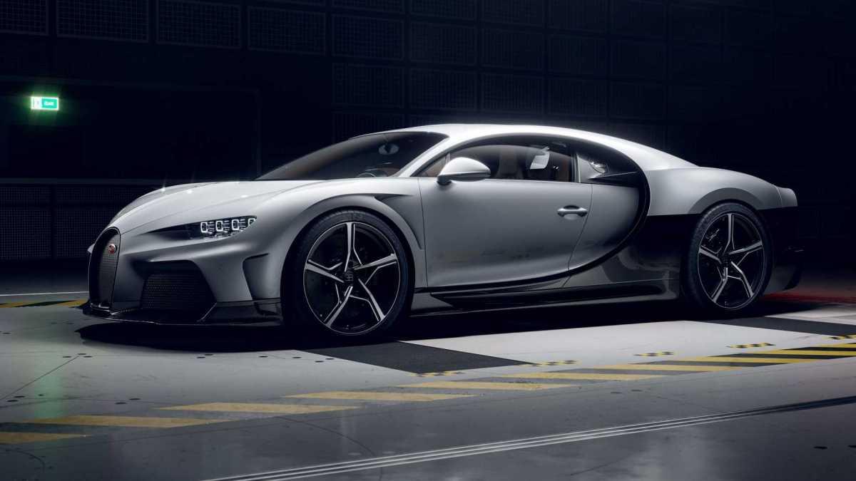 Bugatti Chiron Super Sport vista di tre quarti