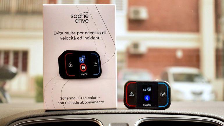 Prova del Saphe Drive Mini segnalatore autovelox