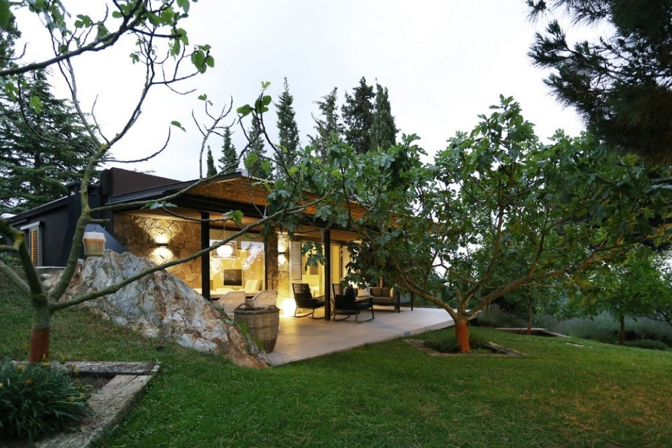 Mountain Guest House by Dom Arquitectura 06
