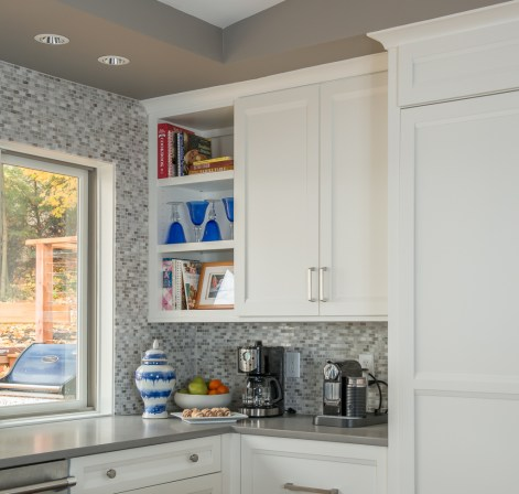 vaulted_modern_kitchen_den_3