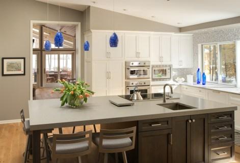 vaulted_modern_kitchen_den_5