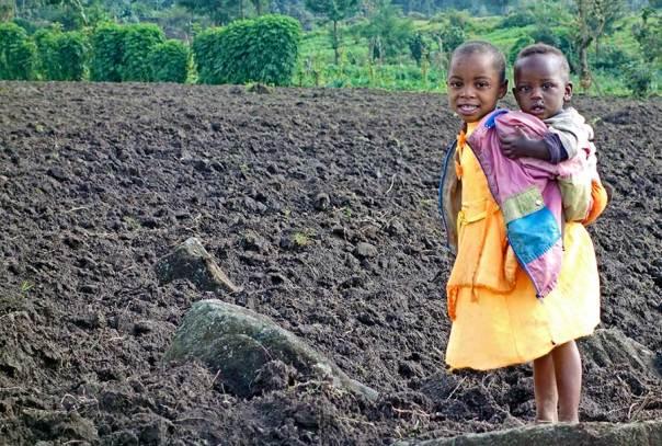 Fotoreise_Fotosafari_Fotoworkshop_Benny-Rebel_Afrika_Z-Ruanda_060_Kind