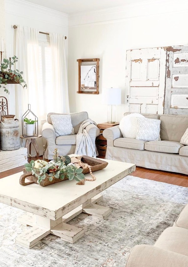 Vintage Inspired Living Room Rug From Boutique Rugs