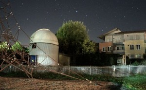 Sternwarte Überlingen bei Nacht