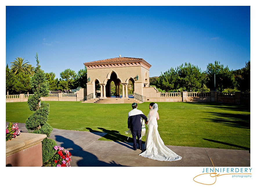 Organic and Pretty at the Grand Del Mar – Grace and Evan