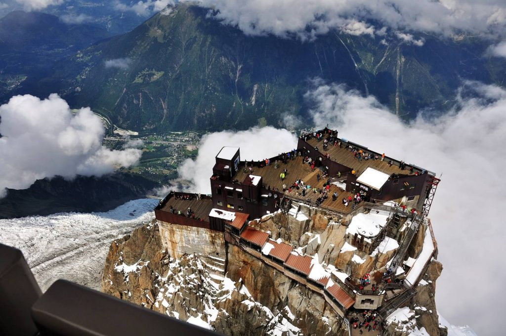 The Aiguille du Midi and its laid-out terraces offer a 360° view of Chamonix and the Alps