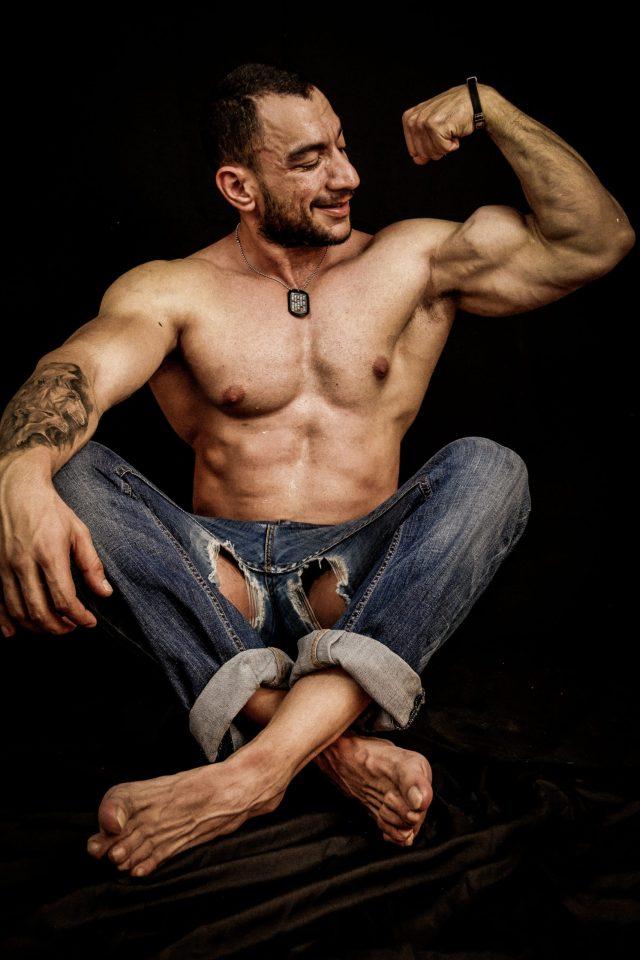 Bodybuilder: Miguel Mayorga