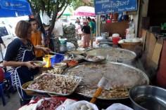 Beaucoup de stands pour manger à Chatuchak