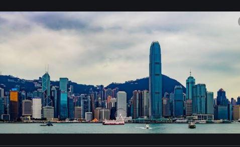 Hong Kong Free Press Promotes Brave Bat as Tipping Method