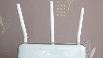 TP-Link Archer D9 antennas
