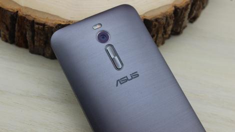 Hands-on review: UPDATED: Asus Zenfone 2