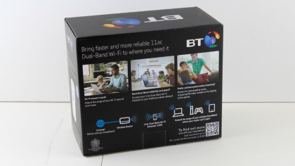 BT 11ac Dual-Band Wi-Fi Extender 1200 back of box