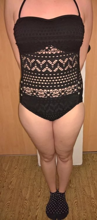 Zeit zum Schwimmen...[LATH.PIN Damen Einteiler Spitze Badeanzug Schwimmanzug mit Abnehmbarer Schultergürtel] im Produkttest