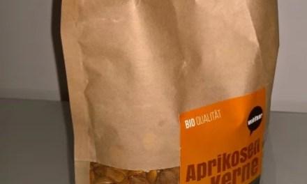Bittre Nuss [bittre Aprikosenkerne von Wohltuer (3 von 5)]