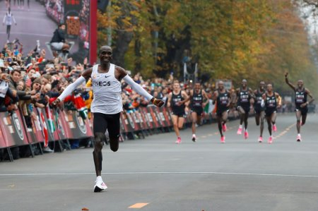 _Eliud Kipchoge breaks the two-hour marathon barrier. Photo from the 'New York Times'. Leonhard Foeger/Reuters _