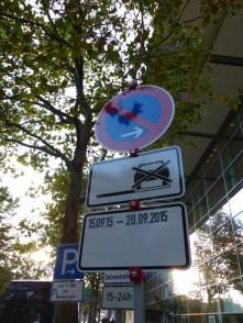 Wow, extra Parkverbot fürs Cinestrange