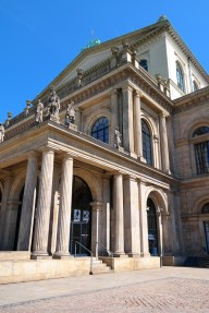 Staatsoper Hannover (Auto)