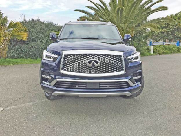 Infiniti-QX80-Ltd-Nose