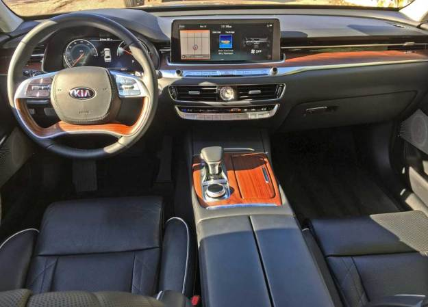 Kia-K900-Luxury-Dsh