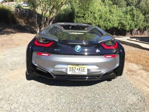 BMW-i8-Roadster-Tail