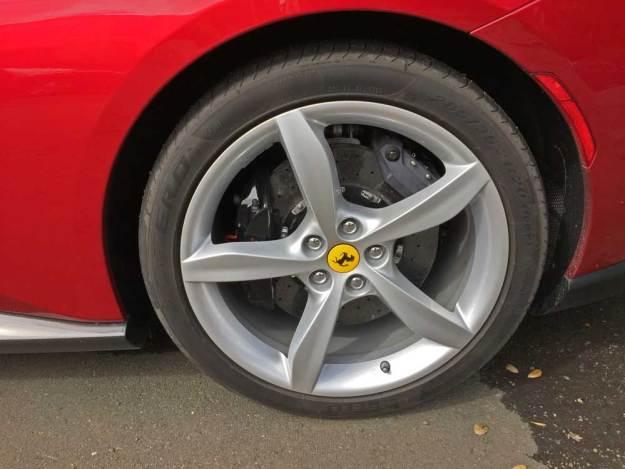 Ferrari-Portofino-Whl