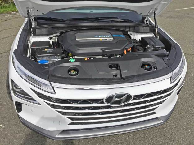 Hyundai-NEXO-FCEV-Eng
