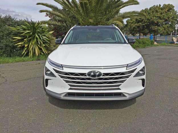 Hyundai-NEXO-FCEV-Nose