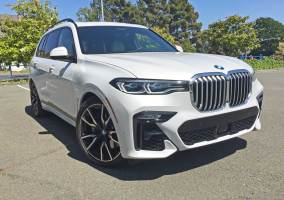 BMW-X7-50i-RSF