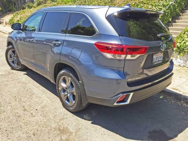 Toyota-Highlander-Hybrid-LSR