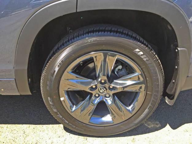 Toyota-Highlander-Hybrid-Whl