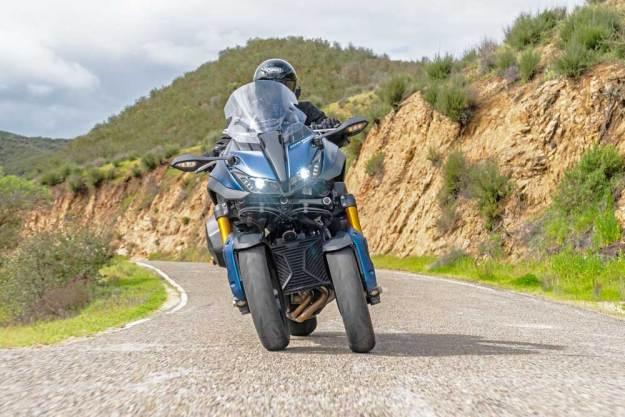 Yamaha--Niken-GT-Nose-RD