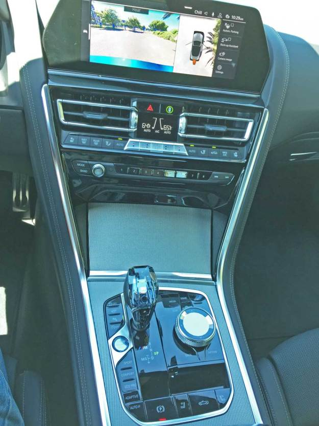 BMW-M850i-Conv-Cnsl