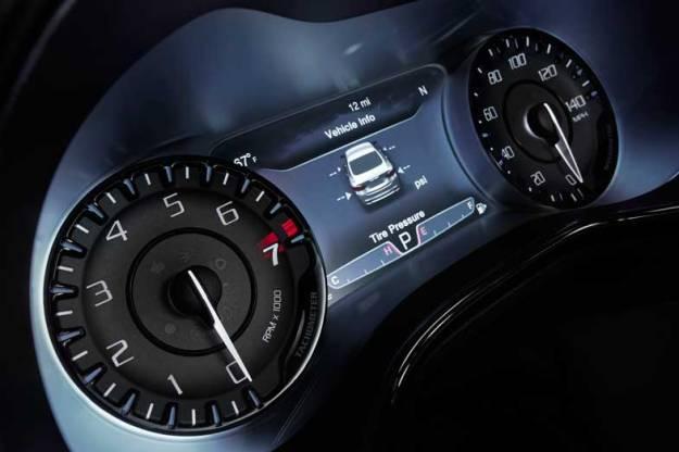 2015-Chrysler-200-Speed
