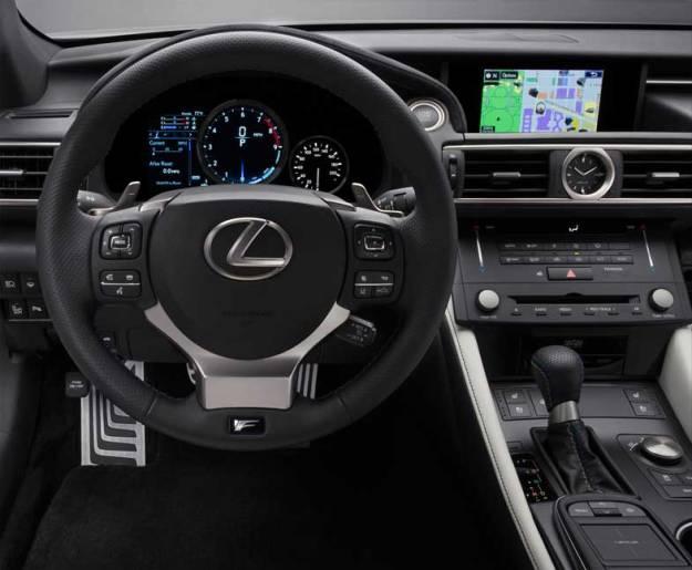 2015_Lexus_RC_F_033