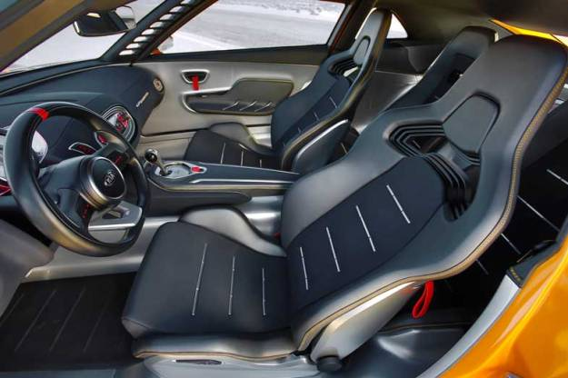 Kia-GT4-Stinger-Concept-Interior-Seat
