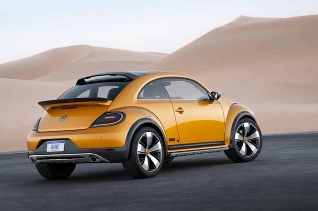 Volkswagen-Bettle-Dune-Rear-Side