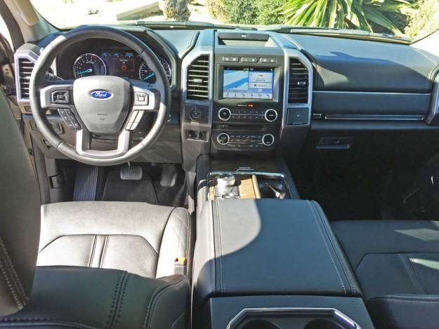 Ford-Expedition-Platinum-Dsh